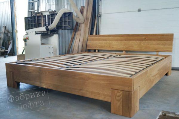 Кровать из массива Скенленд